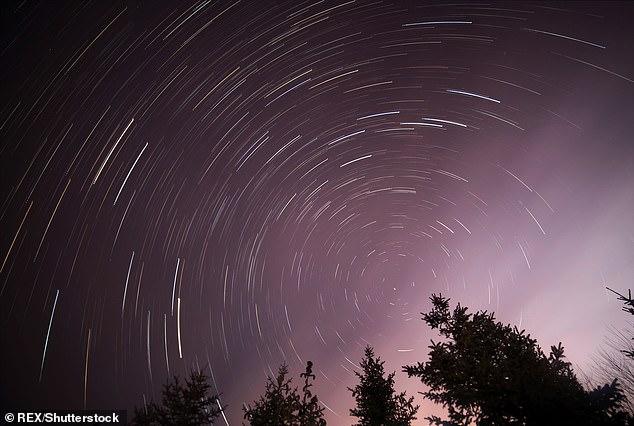 The Quadrantid meteor shower creates dazzling night sky