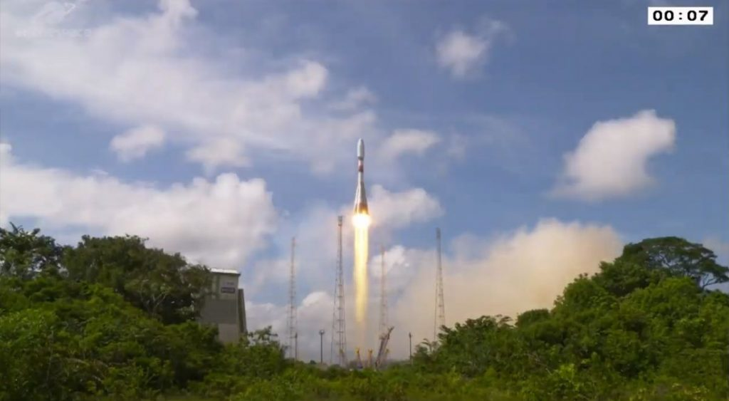 ArianeSpace launches a French military spy satellite on a Soyuz missile until 2020